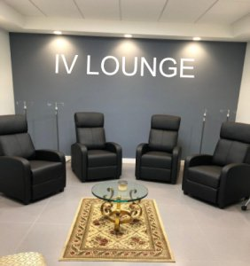 iv lounge chairs